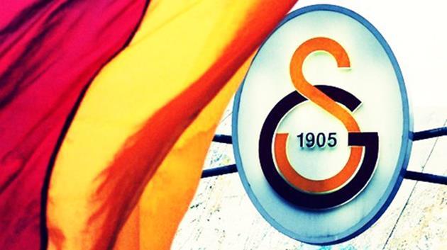 Galatasaray bir yıldızı daha KAP'a bildirdi