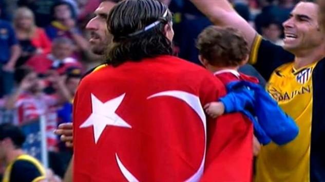 Filipe Luiz -türk bayrağı