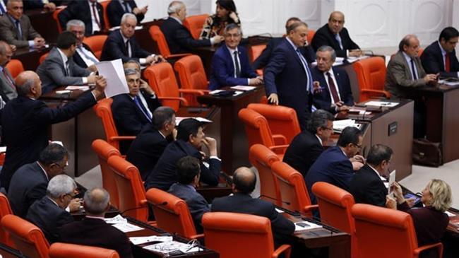 Bakanlar ile ilgili önergeler Meclis'te
