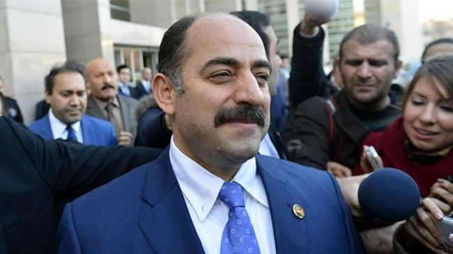 Eski savcı Öz Ermenistan'dan Avrupa'ya geçti!