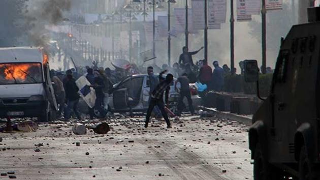Kobani protestosunda 1 kişi öldü!