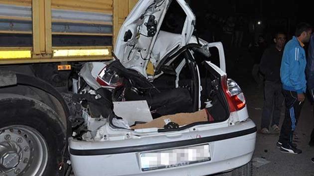 Mersin-otomobil-tır-kaza