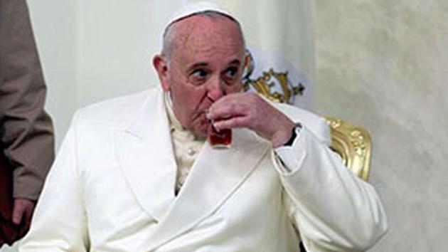Papa: Türkler çok çay içiyor
