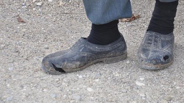 Recep Gökçe-yırtık-ayakkabı