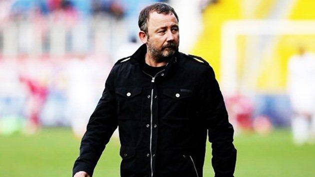 Beşiktaş'tan ayrılacak futbolcu Sergen'in takımına gidiyor!