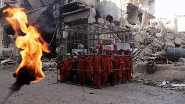Suriye'de çocuk katliamına dikkat çeken eylem!