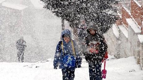 kar yağışı-öğrenci