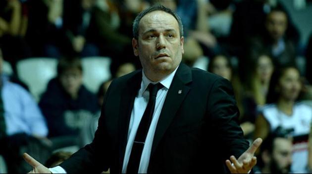 Beşiktaş'ta şok istifa depremi!