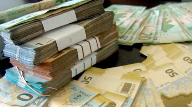 Azerbaycan manatı yüzde 34 değer kaybetti!