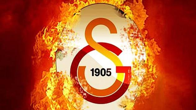 Galatasaray'da sürpriz karar! Kadro dışı kalan yıldız affedildi!