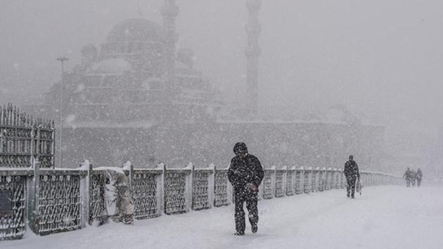 İstanbul'da 28 yılın kar rekoru kırıldı