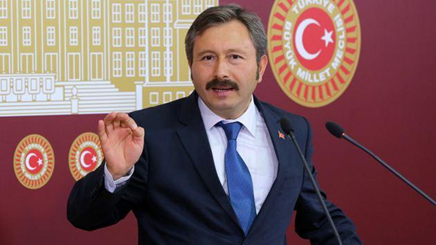 İdris Bal kurduğu partiden istifa etti!