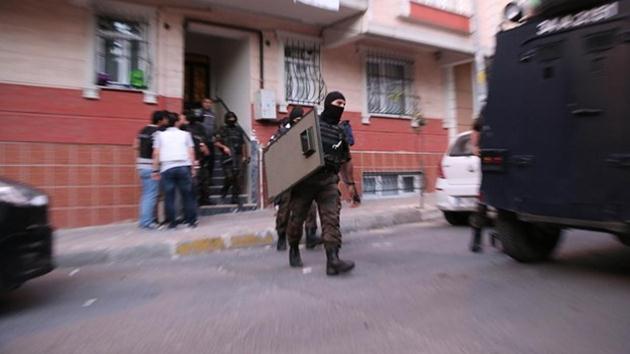İstanbul'da 6 ilçede şafak baskını
