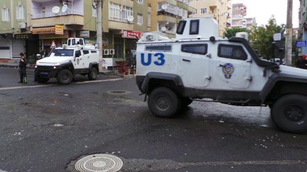 Diyarbakır'da IŞİD operasyonu: 2 polis şehit