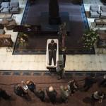 Güney Carolina'da siyahların gittiği bir kiliseye düzenlenen saldırıda 9 kişi hayatını kaybetti. Fotoğrafçı: JIM WATSON Yer: ABD Tarih: 24 Haziran 2015