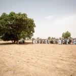Nijerya'da yapılan başkanlık seçimi için vatandaşlar sırada bekliyor. Fotoğrafçı: TOM SAATER Yer: Nijerya Tarih: 28 Mart 2015