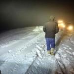 Dün 2 saat yağan karın beyaza bürüdğü Ankara'da, buzlanma nedeniyle zincirleme trafik kazaları meydana geldi. Toplamda 16 aracın karıştığı 2 trafik kazasında, 1 kişi yaralandı.