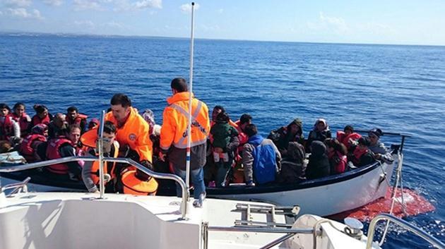 Ege'de sığınmacı teknesi battı: 18 ölü!