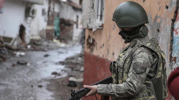 Sur'dan yine acı haber: 2 asker şehit