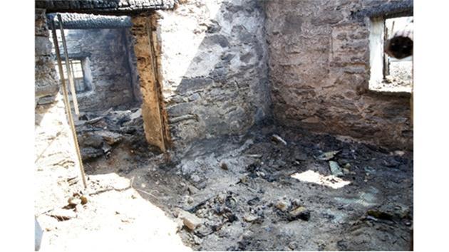 Çamaşır makinesi bomba gibi patladı: 2 ölü!