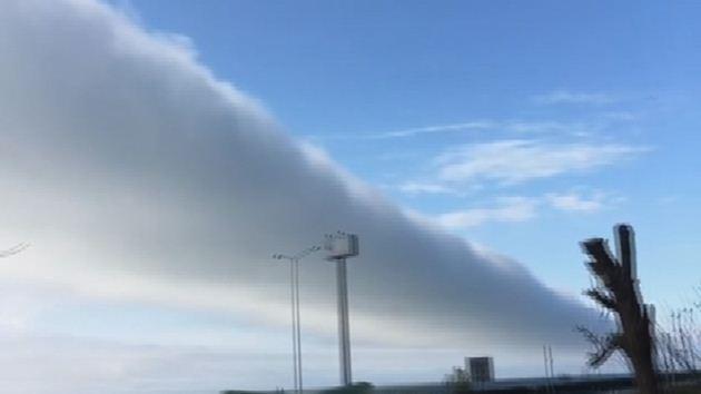 Rize'de gökyüzünde ilginç sis bulutu