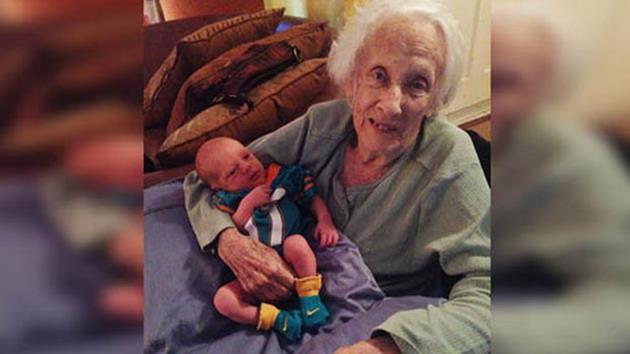 101 yaşında anne oldu!