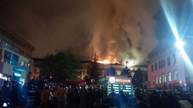Ankara Numune Hastanesi'nde yangın!