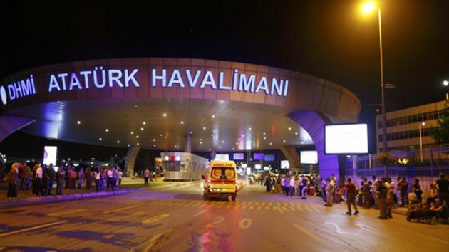 58 kişi Atatürk Havalimanı'nda yakalandı