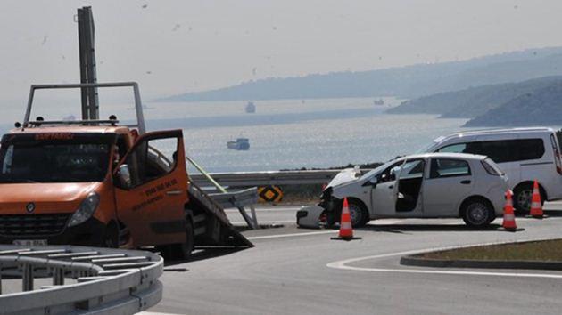Osmangazi Köprüsü çıkışında ilk kaza