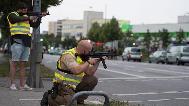 Münih'te AVM'de silahlı saldırı: 9 ölü!
