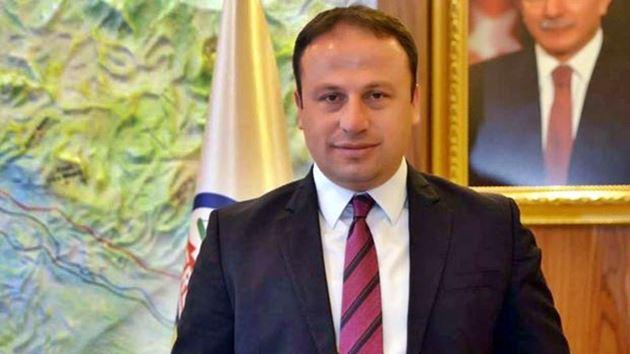 AK Parti'li belediye başkanına gözaltı!
