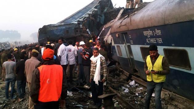 Hindistan'da tren faciası: 90 ölü, 150 yaralı