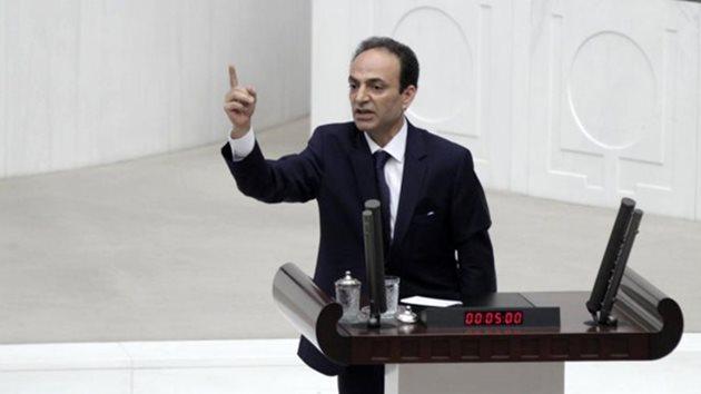 HDP'li Osman Baydemir ve Ahmet Yıldırım gözaltına alındı