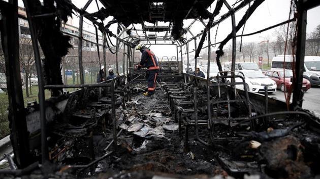istanbul-bayrampaşa-otogar-otobüs-yangın