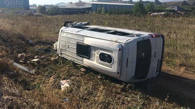 Minibüs ile kamyonet çarpıştı: 7 ölü