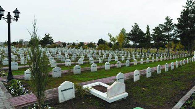 İstanbul'da mezar yeri 25 bin lira