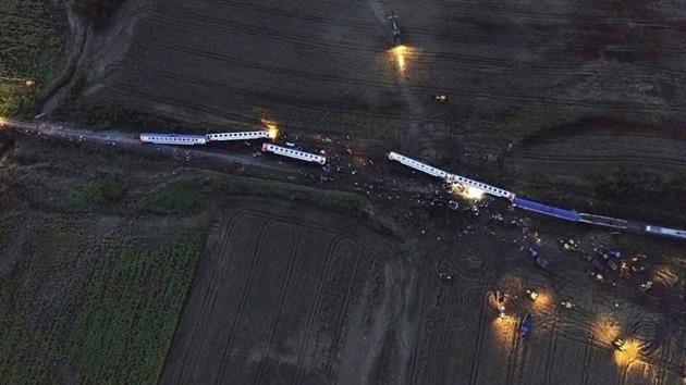 Tekirdağ'da yolcu treni devrildi: 24 ölü, 124 yaralı!