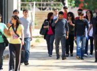 Üniversite öğrencileri sokakta kaldı!