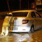 İstanbul'da araçlar yolda mahsur kaldı