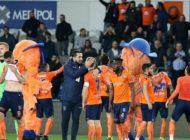 Medipol Başakşehir'in şampiyonluk yolculuğu devam ediyor